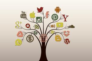 social-media-1377251_640